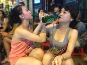 5 Cách Giúp Bạn Uống Rượu Không Say